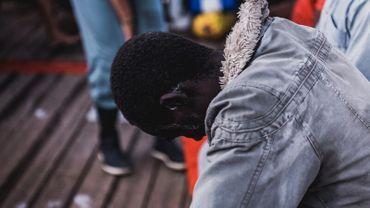 Un rescapé à bord du navire de sauvetage SOS Méditerranée.