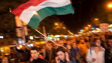 Hongrie: manifestation spontanée la nuit dernière