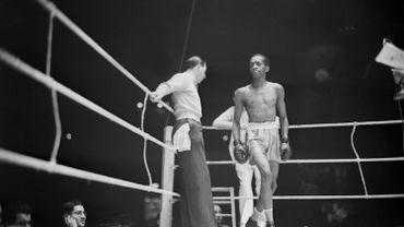 Panama Brown était un boxeur panaméen, un grand gaillard qui faisait 1,80 metboxait chez les coqs en moins de 53 kilos.