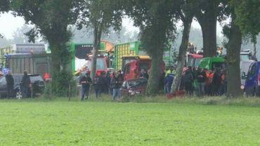 Des dizaines d'agriculteurs néerlandais interpellés après une manifestation matinale