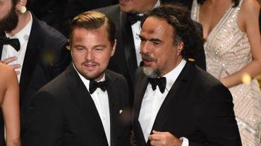 Leonardo DiCaprio et Alejandro Inarritu lors de la soirée de remise des Oscars