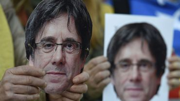 Crise en Catalogne: Carles Puigdemont n'exclut pas de nouvelles élections