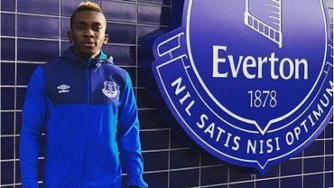 Henry Onyekuru de retour à Everton