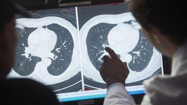 UZ Brussel: tous les patients sont testés pour le coronavirus