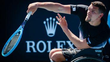 Joachim Gérard s'est incliné cette après-midi lors de la finale du simple de Roland-Garros, devant le BritanniqueAlfie Hewett, numéro 3 mondial. Il a été battu 6/4-4/6-6/3.