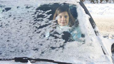 """Tallahassee, la capitale de la Floride dans le nord du """"Sunshine State"""", s'est réveillée mercredi avec une fine couche de 0,25 cm de neige."""