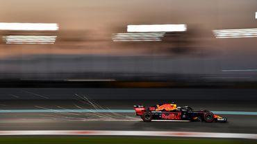 Max Verstappen surprend Mercedes en essais libres 3 à Abou Dhabi
