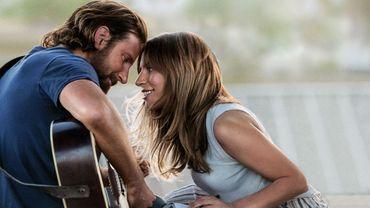 """A Star Is Born"" de Bradley Cooper part favori des SAG Awards"