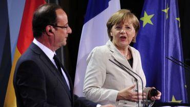 """A. Merkel: il y a """"des points d'accord"""" sur la croissance avec F. Hollande"""