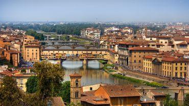 Vue sur le Ponte Vecchio, Florence, Italie