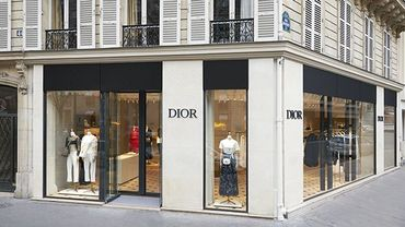 Dior lance des pop-up stores pour le lancement de sa collection printemps-été