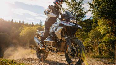 Moto la plus vendue après un scooter, la R 1250 GS fait figure d'exception avec sa grosse cylindrée et ses 18 750 euros hors option !