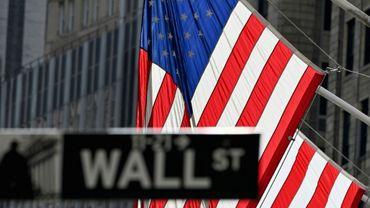 Les déclarations du patron de la Fed ont fait bondir les rendements obligataires sur les bons du Trésor à 10 ans, dépassant 1,55% au lieu de 1,48% la veille et Wall Street a lourdement chuté.