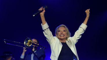La chanteuse Véronique Sanson, qui soigne une tumeur à l'amygdale, s'est voulu rassurante sur son état de santé dans une interview accordée dimanche à la chaîne France 2.