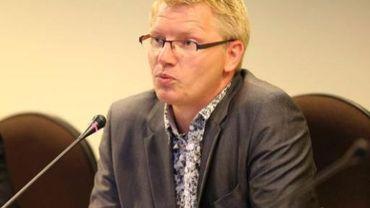 """Ecolo trouve """"inappropriée"""" et """"dangereuse"""" la proposition de Steven Vanackere de favoriser fiscalement la détention d'actions."""