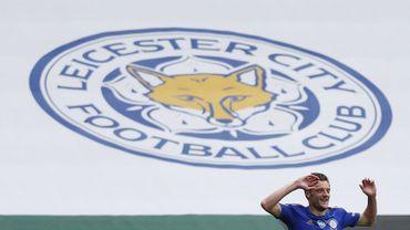 Jamie Vardy, meilleur buteur de Premier League, prolonge jusqu'en 2023 à Leicester