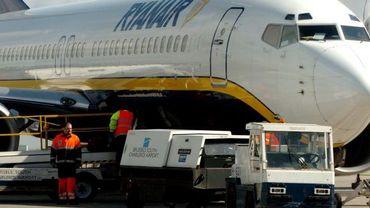 Ryanair aurait triché sur le poids de ses avions pour payer moins cher