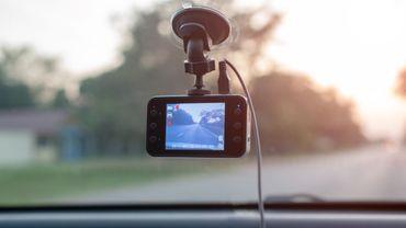 1 automobiliste sur 2 juge les aides à la conduite parfois gênantes ou stressantes.