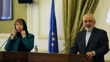 La chef de la diplomatie européenne Catherine Ashton et le ministre iranien des Affaires  Mohammad Javad Zarif, le 9 mars 2014 lors d'une conférence de presse conjointe