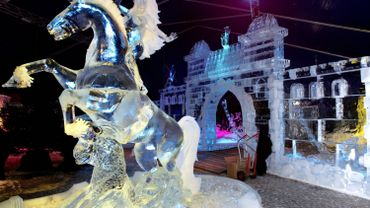 Le festival de sculptures de glace organisé pour la première fois à Liège et Anvers