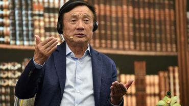 Le fondateur de Huawei, Ren Zhengfei, lors d'une conférence au siège du groupe à Shenzhen le 17 juin 2019