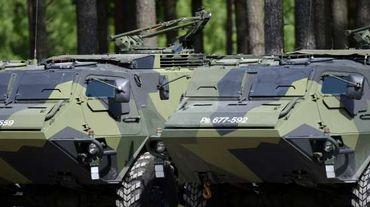 Finlande : un renne envoie une dizaine de soldats à l'hôpital après une collision de blindés