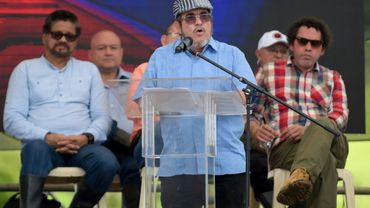 "Le chef de la guérilla des Farc Rodrigo Londoño, alias ""Timochenko"", prononce un discours le 27 juin 2017 à Mesetas, en Colombie"