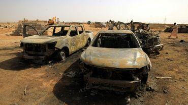 Une photo prise le 11 juillet 2019 sur le site de l'explosion d'une voiture piégée dans un cimetière de Benghazi, dans lest de la Libye qui a fait au moins quatre morts