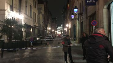 Un policier blessé dans une attaque au couteau au commissariat central de Bruxelles Capitale