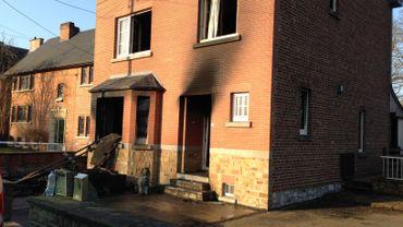 La maison a pris feu durant la nuit de mercredi à jeudi, un peu avant minuit