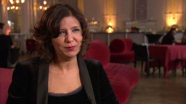 La réalisatrice Kaouther Ben Hania au micro de Cathy Immelen