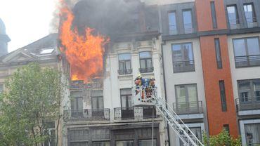 Spectaculaire incendie boulevard Anspach à Bruxelles