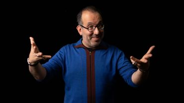 Barrie Kosky, qui fait ses débuts à l'Opéra de Paris, est un metteur en scène aux mille et un visages.