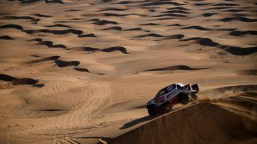 Le Sud-Africain Giniel De Villiers vainqueur de l'étape 5 avec sa Toyota