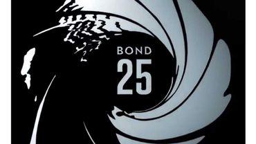 Jeffrey Wright et Lashana Lynch évoluent dans cette courte vidéo dévoilant les coulisses du prochain James Bond aux côtés de Daniel Craig et du réalisateur Cory Fukunaga.