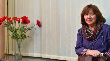 Svetlana Alexievitch, 67 ans, née Soviétique, est la quatorzième femme à remporter le Nobel depuis sa création en 1901