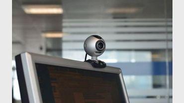 Une webcam sur un ordinateur