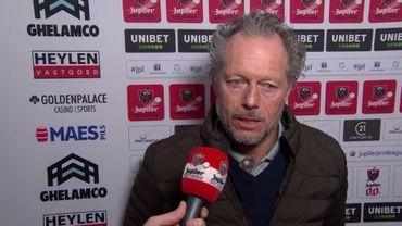 """Preud'homme : """"Il faut que j'entraîne mes joueurs à tomber, en Belgique on ne siffle que quand on tombe"""""""