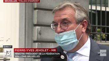 Le port du masque n'était pas forcément très bien respecté chez nos ministres.