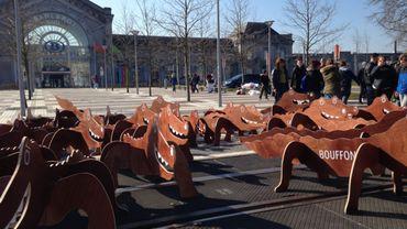 Des dizaines de crocodiles devant la gare du sud à Charleroi