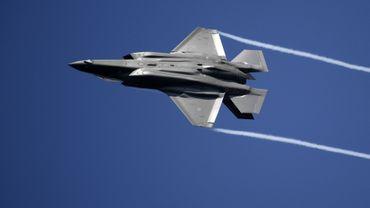 Le remplacement des F-16 par les F-35 doit en principe générer plus de 3 milliards d'euros en retombées économiques pour le secteur aéronautique belge.