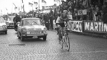 Eddy MERCKX remporte le Tour de Flandre, le 30/03/1969. 1969, sa meilleure mais aussi sa pire année.