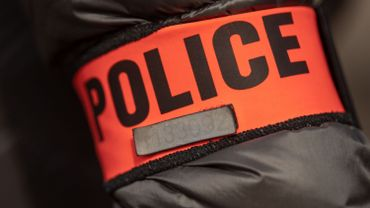 Masques et répliques d'armes: la police a dû intervenir à Nice pour interrompre le tournage d'un clip de rap