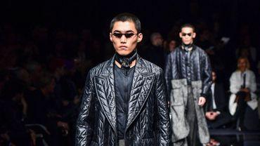 Giorgio Armani proposait une collection en tissus recyclés pour sa ligne Emporio lors de la Fashion Week de Milan.