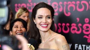 """Angelina Jolie collaborera avec la BBC pour produire """"Our World"""", un programme d'actualités pour les enfants."""