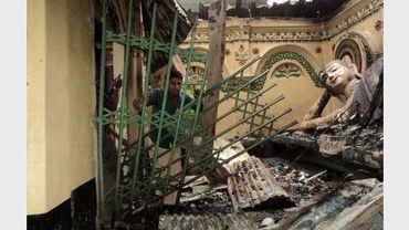 Un temple bouddhioste détruit dans la ville de Ramu, dans le sud-est du Bangladesh, le 30 septembre 2012
