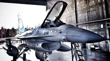 Avions F-16: Une succession à gros budget et gros enjeux