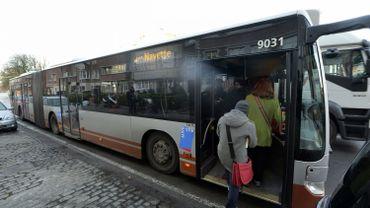 Les habitants d'Haren et de Neder-Over-Hembeek notamment devront patienter quatre mois de plus pour monter dans les bus de la nouvelle ligne 56