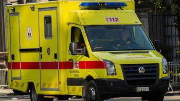 La cycliste a été transportée dans un état critique à l'hôpital (illustration).