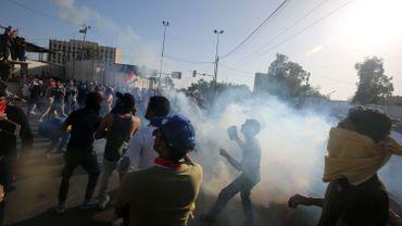 En octobre, des manifestations ont secoué le pays et tentent aujourd'hui encore de lutter contre le gouvernement.